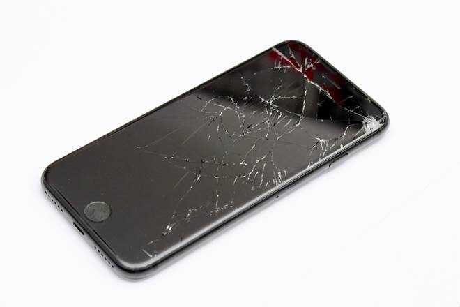 Things Need To Considered While Finding Best Iphone Screen Repair